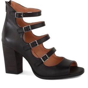 Seychelles black Kayak heels